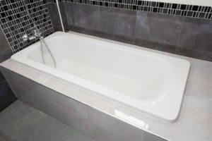 Bathtub enclosure with tile walls