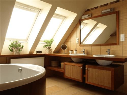 Bathroom with bath tub and windows