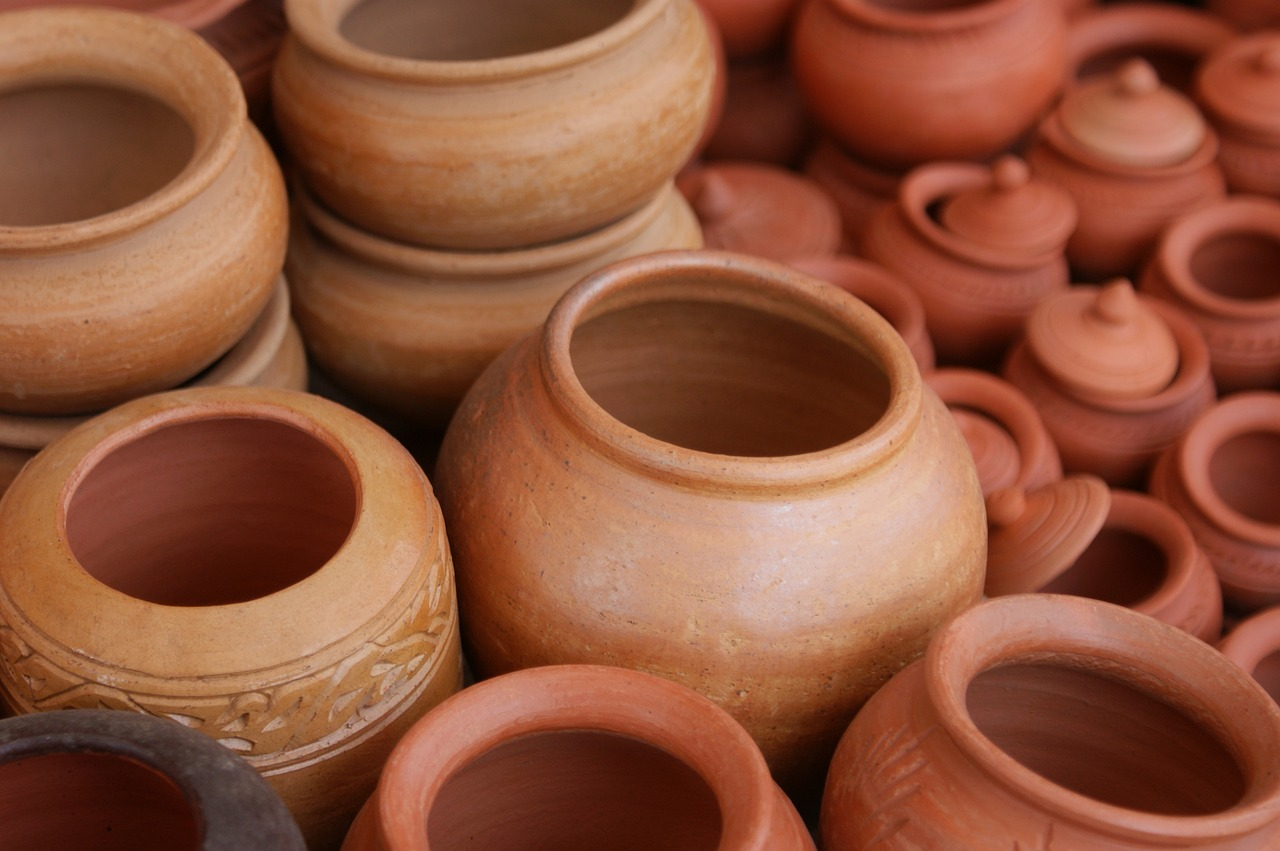 Ready-made clay pots